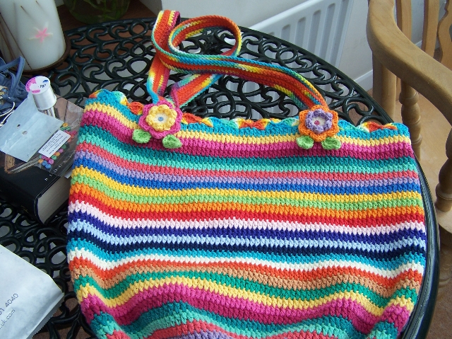 Completed knitting bag 2