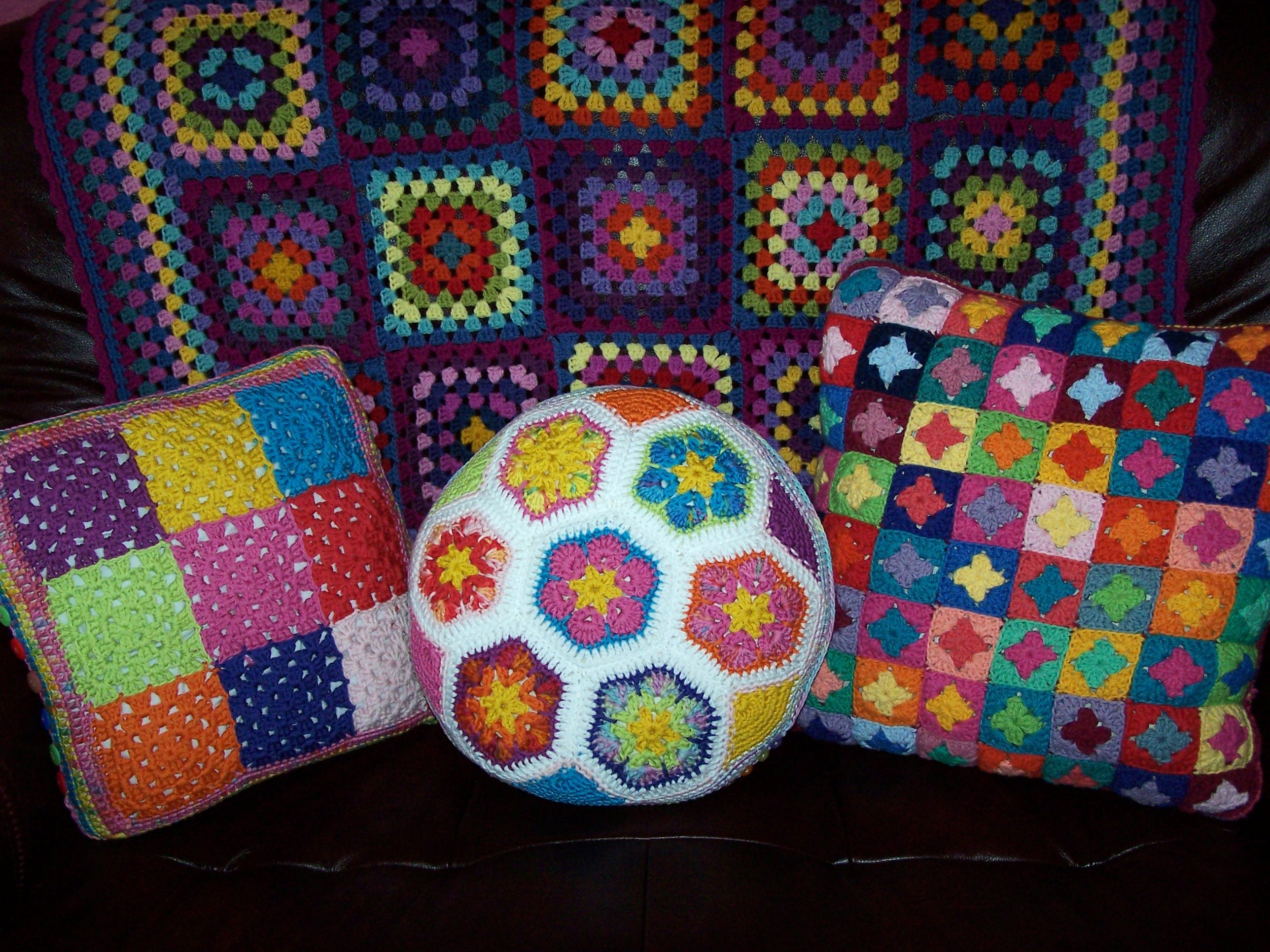 Misty Mountain: Crochet blankets and pillows